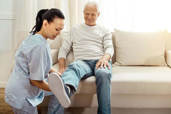 Profesjonalna opieka nad osobą chorą w domu