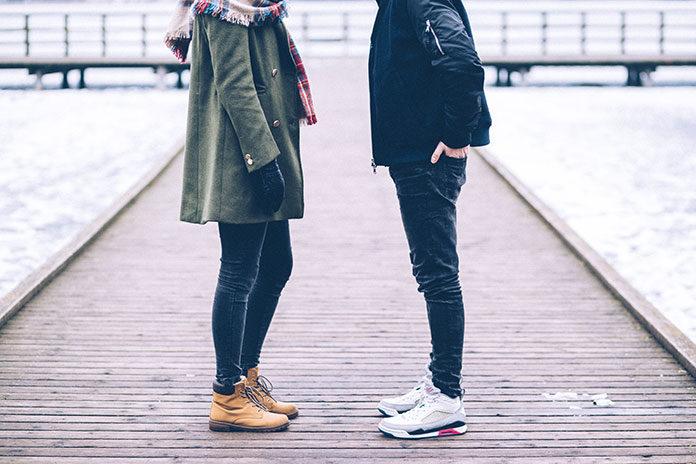 Jakie buty nosić tej jesieni? Modne propozycje dla kobiet i mężczyzn!