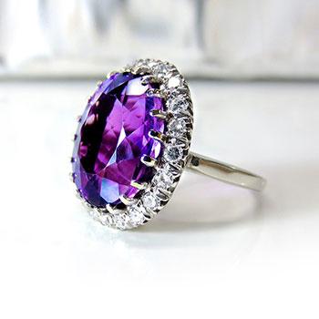 Czy warto wydać więcej na biżuterię?