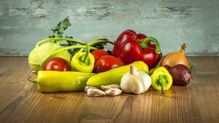 Warzywa na patelnię - dlaczego tak je lubimy?