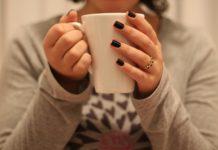 Pałeczka ropy błękitnej, a paznokcie?
