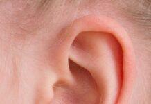 Uszy odstające od kanonu piękna