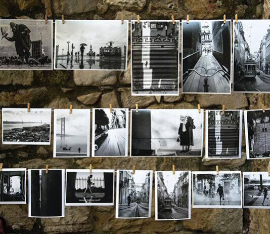 Dlaczego papierowe zdjęcia przenoszą nas w czasie